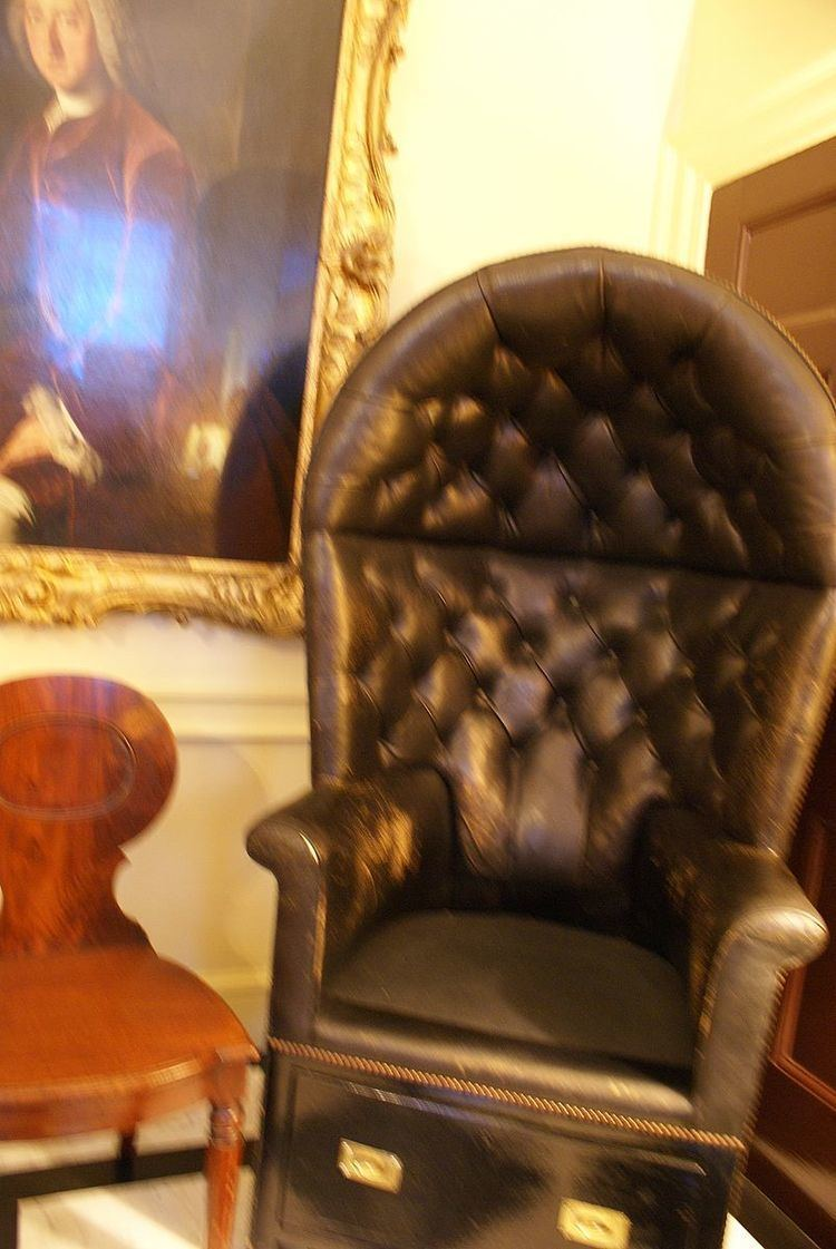 10 Downing Street Guard Chairs