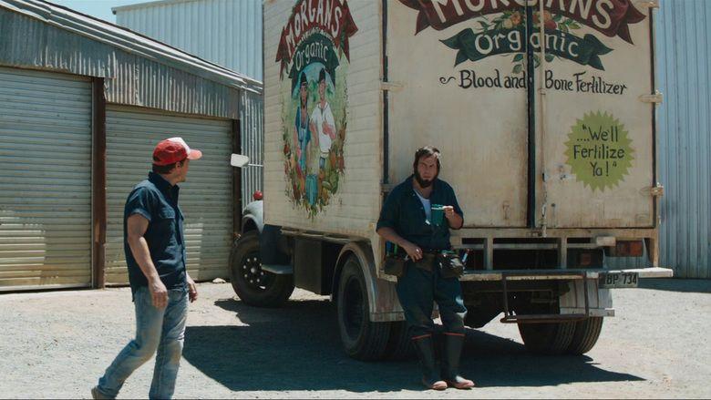 100 Bloody Acres movie scenes