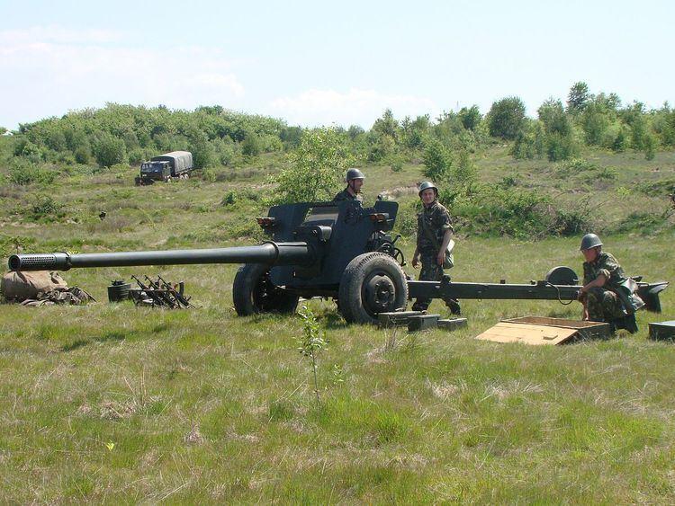 100 mm anti-tank gun M1977