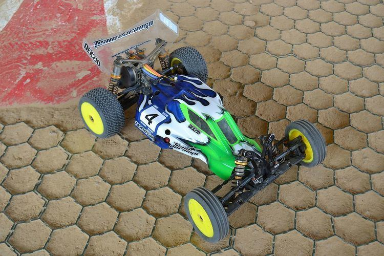 1:10 radio-controlled off-road buggy