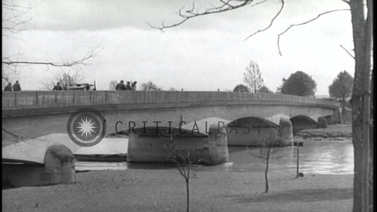 12th Armored Division (United States) US Army 12th Armored Division soldiers cross the Danube River bridge