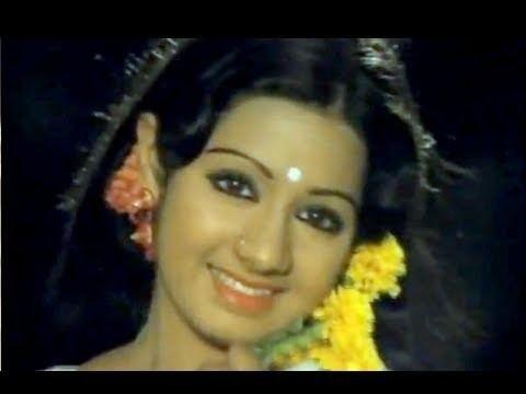 16 Vayathinile 16 Vayathinile Rajinikanth Kamal Haasan Sridevi Tamil Full