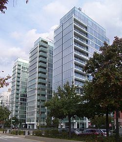 173 and 176 Perry Street httpsuploadwikimediaorgwikipediacommonsthu