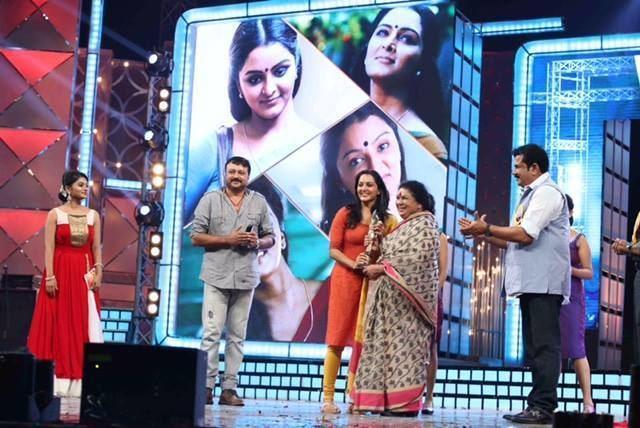 17th Asianet Film Awards 17th ujala asianet film awards 2015 photos74 Kerala9com