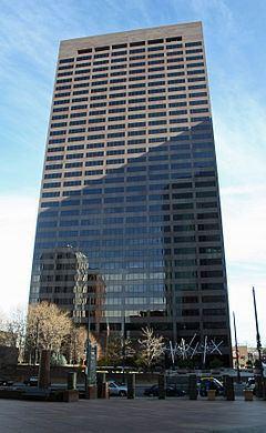 17th Street Plaza httpsuploadwikimediaorgwikipediacommonsthu