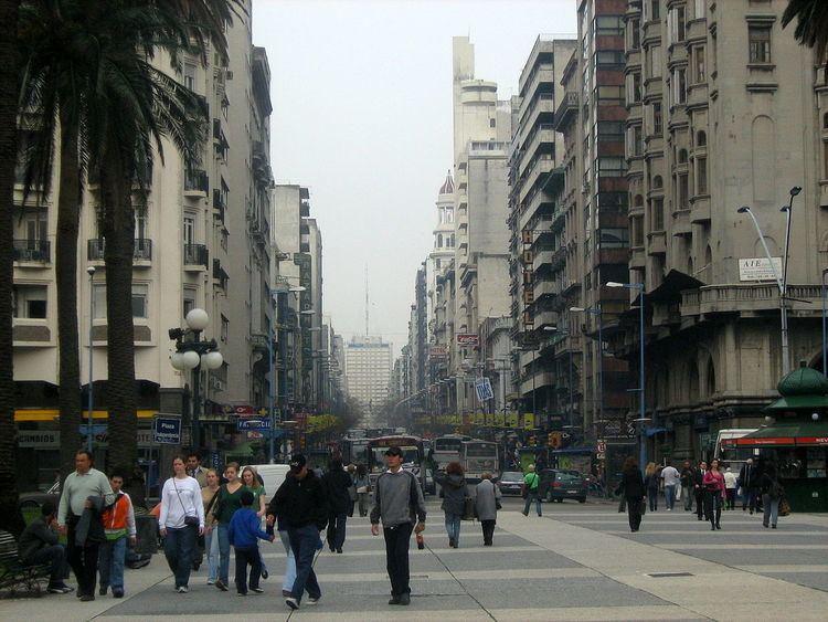 18 de Julio Avenue