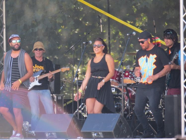1814 (band) Kiwi Nomad39s Wanderings Free concert in Palmy sunshine