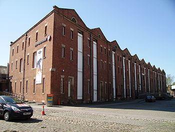 1830 warehouse, Liverpool Road railway station httpsuploadwikimediaorgwikipediacommonsthu