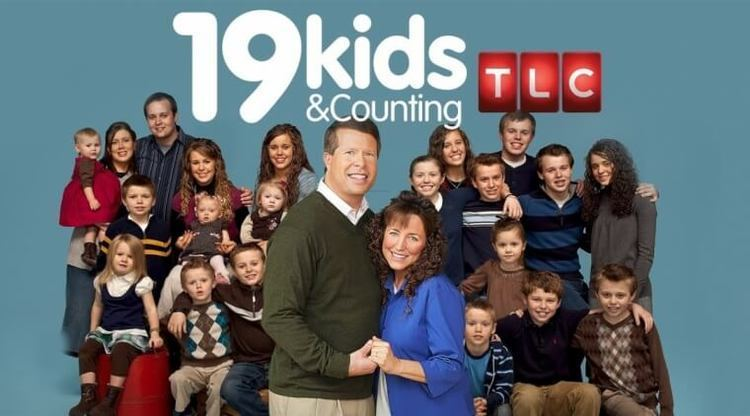 19 Kids and Counting In support of Duggars fans say how 3919 Kids and Counting