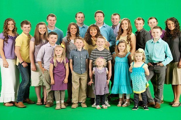 19 Kids and Counting Why Hasn39t TLC Canceled the Duggars39 3919 Kids and Counting39