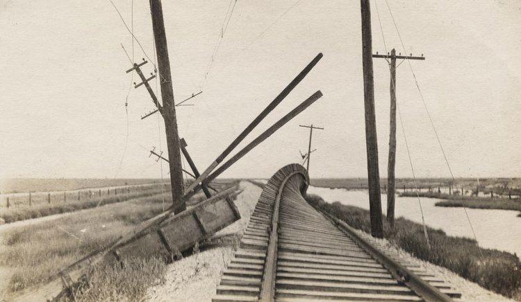 1900 Galveston hurricane httpstimedotcomfileswordpresscom201508150