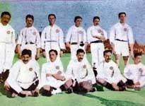 1907 Copa del Rey httpsuploadwikimediaorgwikipediacommons77