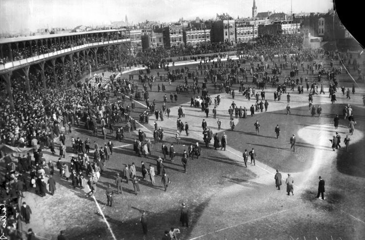1908 World Series Chicago Cubs Fans At 1908 World Series CBS Chicago