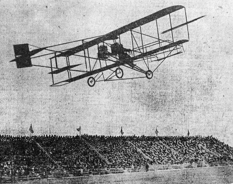 1910 in aviation