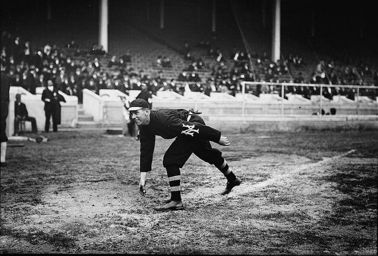 1911 World Series FileFred Snodgrass 1911 World Seriesjpg Wikimedia Commons