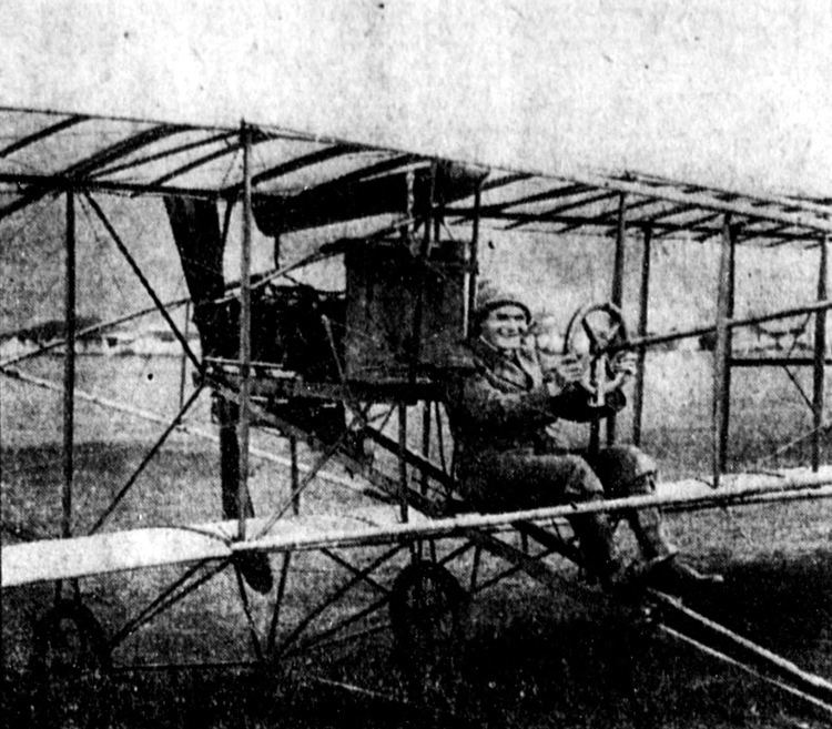 1913 in aviation