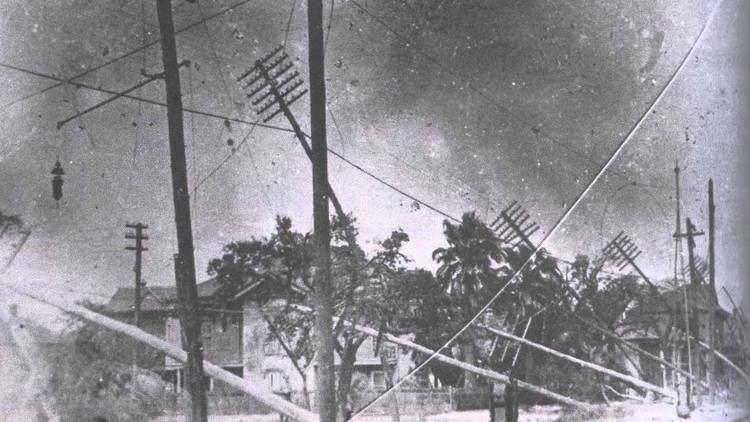 1915 New Orleans hurricane httpsiytimgcomviQWtCm4n1nqMmaxresdefaultjpg
