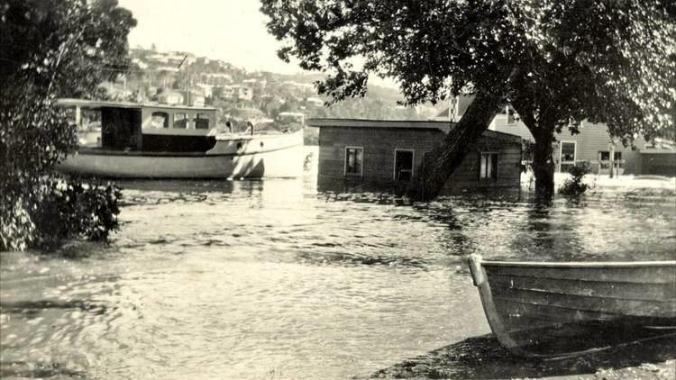 1929 Tasmanian floods httpsiytimgcomvi5BhpDFekiMMmaxresdefaultjpg