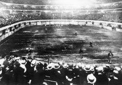 1932 NFL Playoff Game httpsuploadwikimediaorgwikipediaenee2193