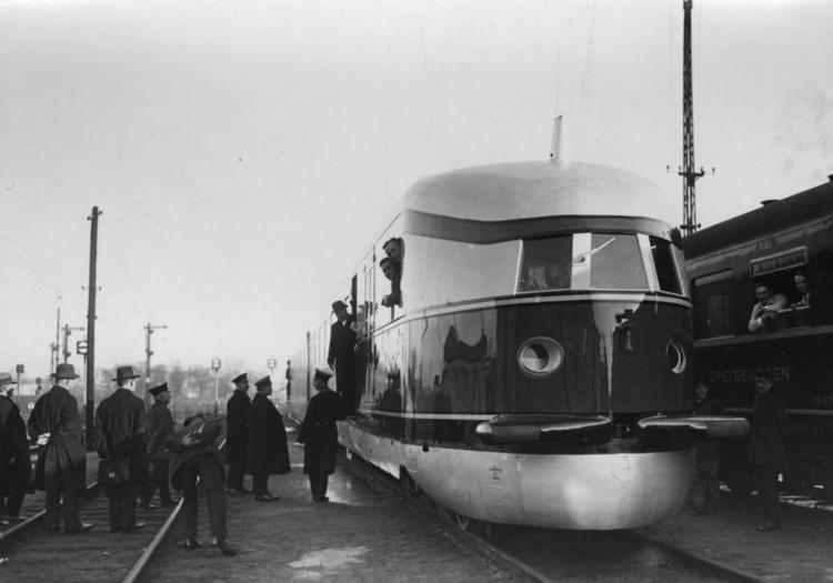1933 in rail transport