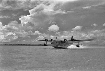 1939 Imperial Airways flying boat ditching httpsuploadwikimediaorgwikipediacommonsthu