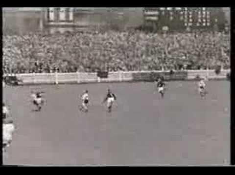 1945 VFL Grand Final httpsiytimgcomviiOii1O5owO4hqdefaultjpg