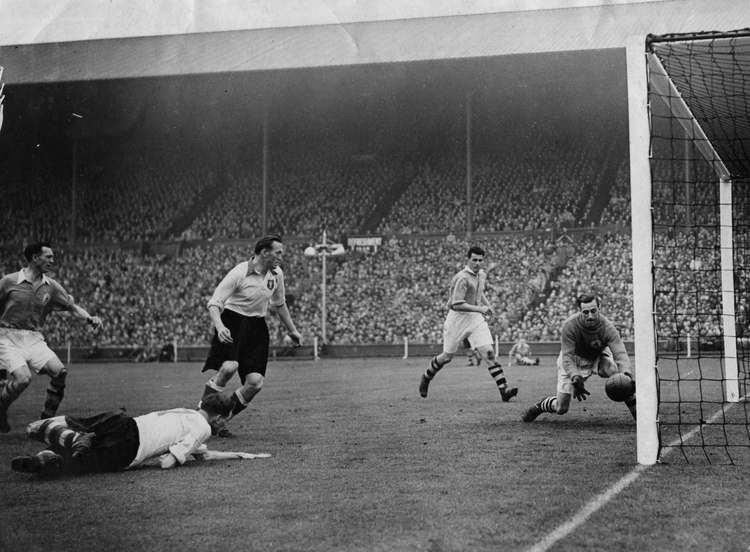 1950 FA Cup Final httpsarsenalonetwofivefileswordpresscom2012