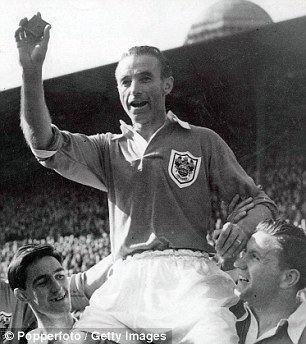 1953 FA Cup Final idailymailcoukipix201410241414159732729w