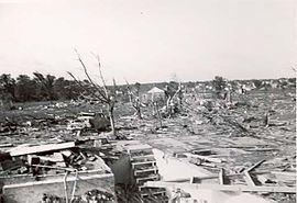 1953 Flint–Beecher tornado httpsuploadwikimediaorgwikipediacommonsthu