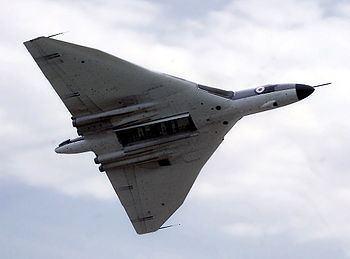 1956 London Heathrow Avro Vulcan crash httpsuploadwikimediaorgwikipediacommonsthu