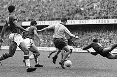 1958 FIFA World Cup Final httpsuploadwikimediaorgwikipediacommonsthu