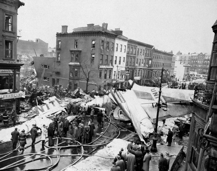 1960 New York mid-air collision 1960 New York City plane crash A look back