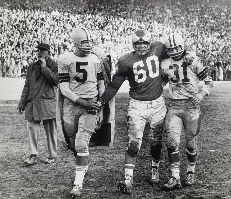 1960 NFL Championship Game httpsstatic01nytcomimages20110107sports