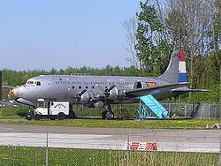 1961 Cincinnati Zantop DC-4 crash httpsuploadwikimediaorgwikipediacommonsthu