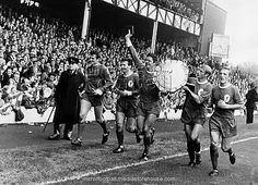 1966 FA Charity Shield httpssmediacacheak0pinimgcom236xfd8573