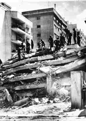 1967 Caracas earthquake httpsc1staticflickrcom761495986683312bdaf
