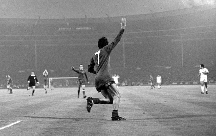 1968 European Cup Final George Best European cup final Retrocatch Historical moments in