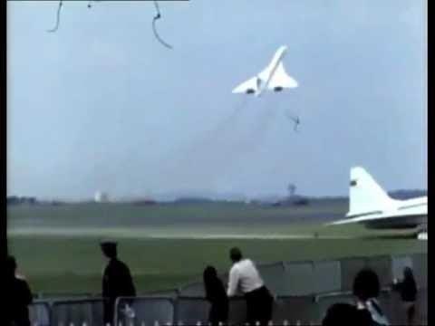 1973 Paris Air Show crash Concorde and Tu144 at the Paris Air Show in 1973 YouTube