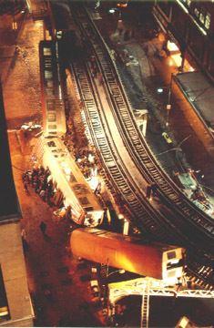 1977 Chicago Loop derailment httpsuploadwikimediaorgwikipediaenff8197