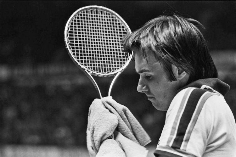 1977 World Championship Tennis circuit