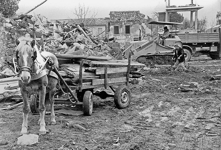 1980 Irpinia earthquake 1980 Irpinia earthquake 2 The 1980 Irpinia earthquake took Flickr