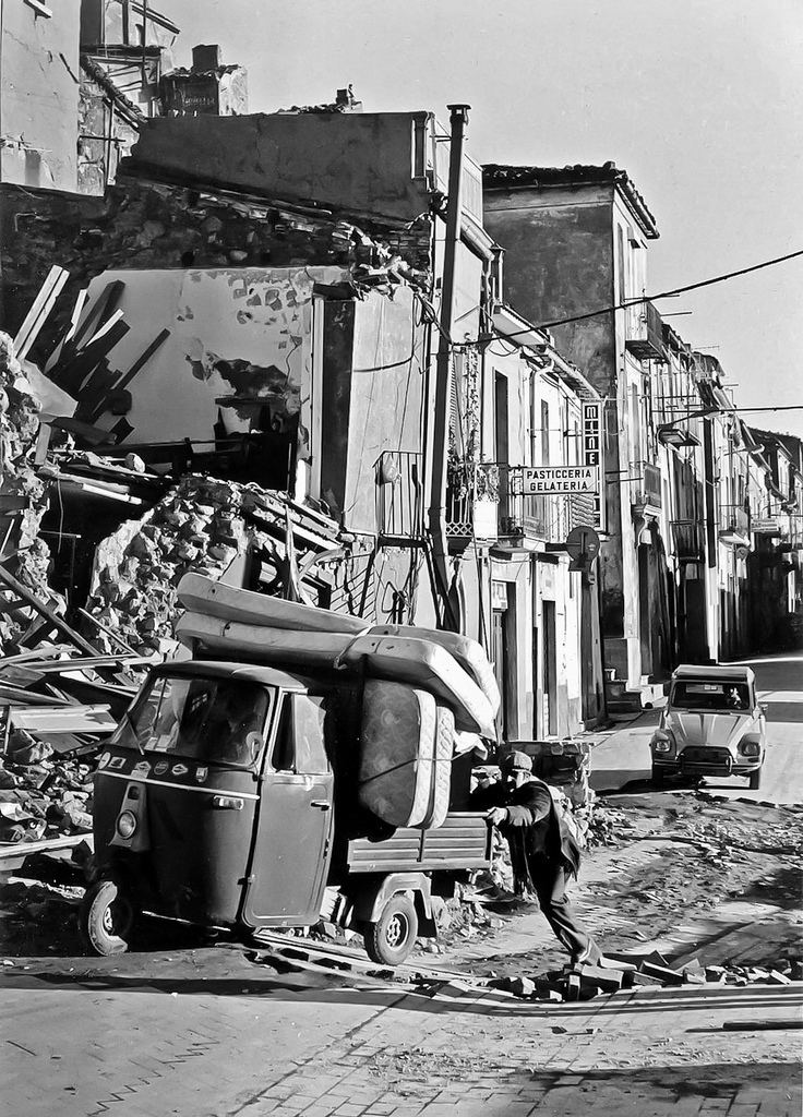 1980 Irpinia earthquake 1980 Irpinia earthquake 6 The 1980 Irpinia earthquake took Flickr