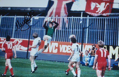 1982 European Cup Final 1000 images about ASTON VILLA on Pinterest
