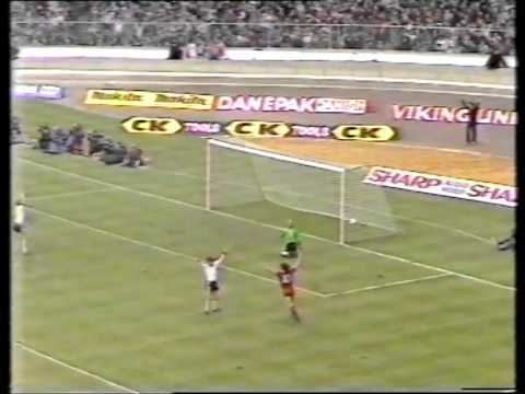 1983 Football League Cup Final httpsiytimgcomviYpx3wBgVwAchqdefaultjpg