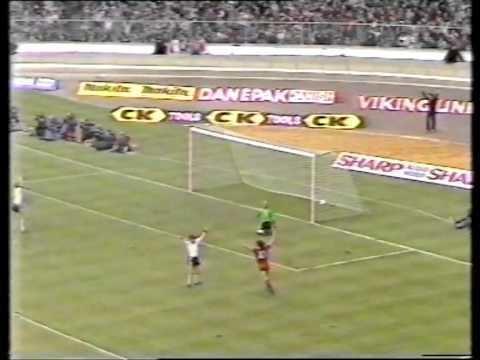 1983 Football League Cup Final httpsiytimgcomviYpx3wBgVwAchqdefaultjpg