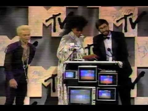 1984 MTV Video Music Awards MTV Video Music Awards Billy Idol Diana Ross Carly Simon 1984