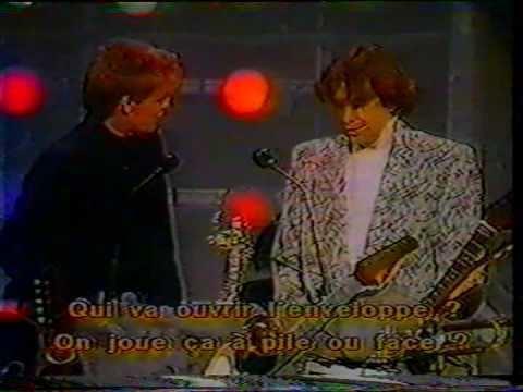 1985 MTV Video Music Awards Jim Kerr amp Bryan Adams MTV Video Music Awards 1985 YouTube