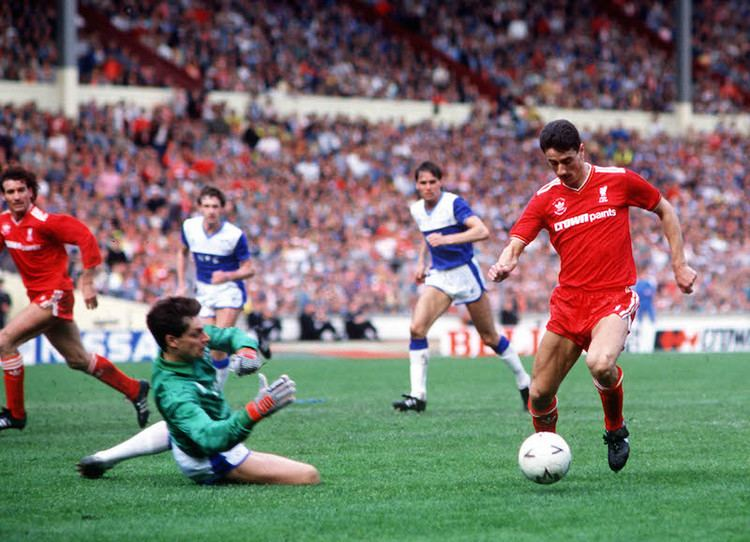 1986 FA Cup Final thesetpiecescomwpcontentuploads20150986titl