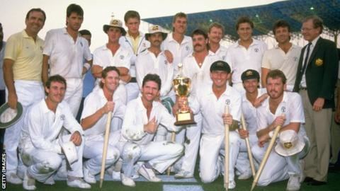 1987 Cricket World Cup Australia receive medals for 1987 Cricket World Cup win over England