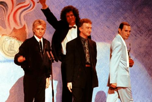 1990 Brit Awards 4bpblogspotcomE0I4rIgI10VRg559PalIAAAAAAA